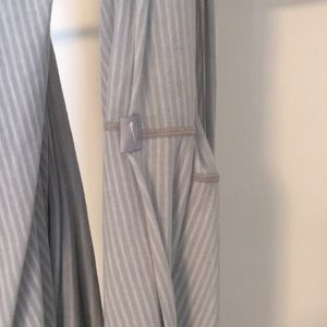 Nike Accessories - Nike infinity scarf